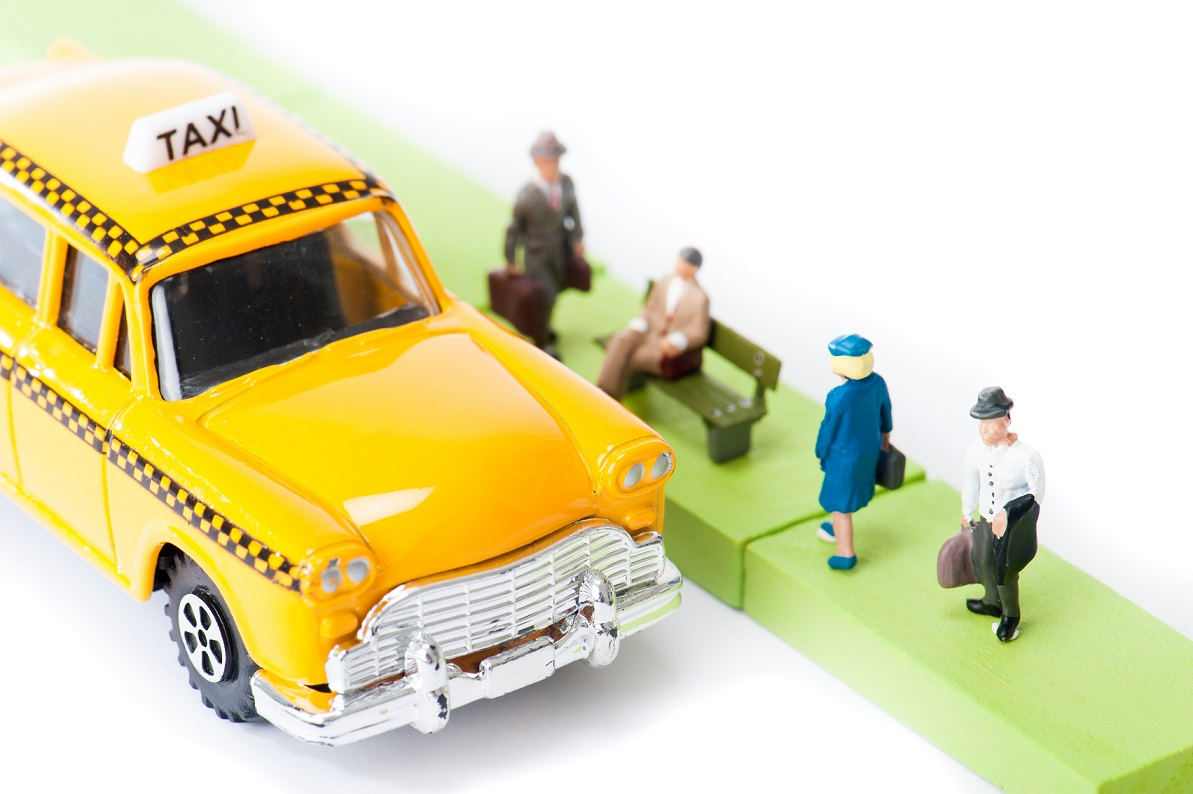 How to Get More Customers to Use Your Taxi Services (4 Tricks)