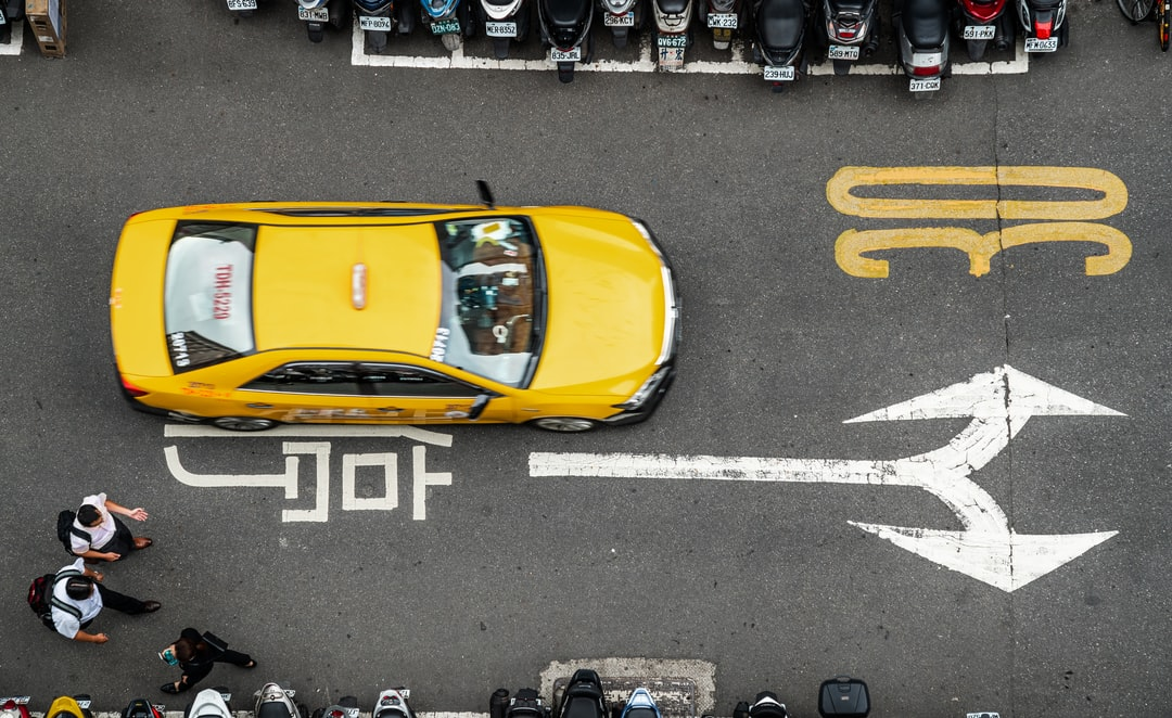 Impact of iOS and android apps to taxi dispatch systems
